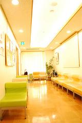 2F 待合室